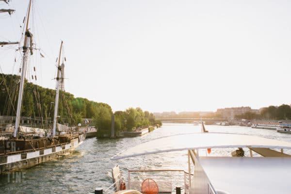 reportage de mariage sur une péniche a Paris