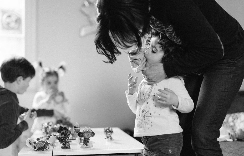 reportage photo de famille - Documentaire photo de famille - Life Is Art - une journée avec - Day In The Life Session - Manu et Tarik