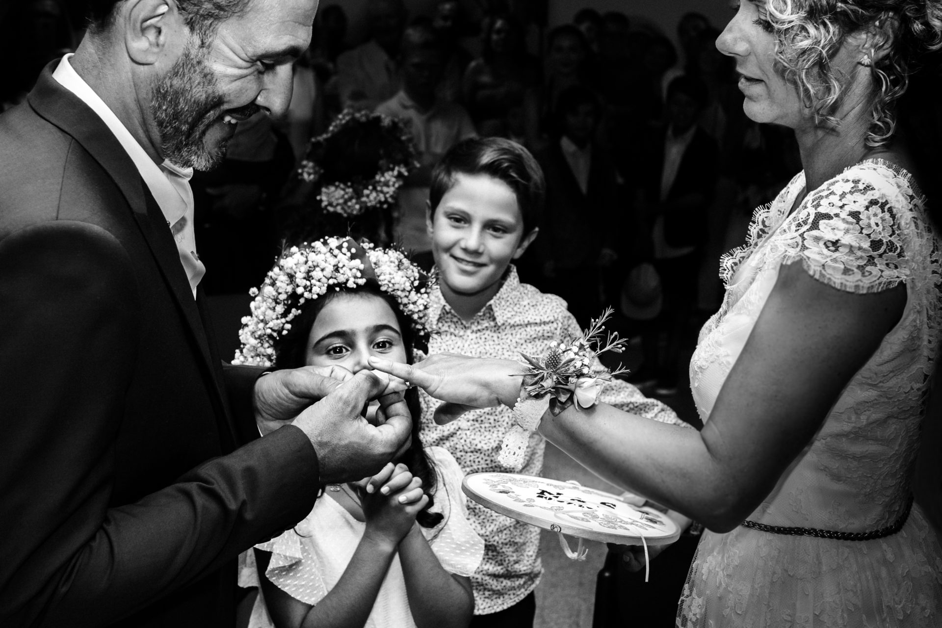 Ernestine et sa famille photographe de mariage en Ardèche