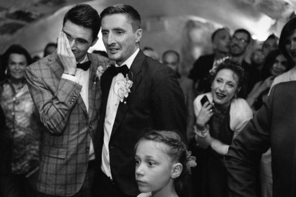 Ernestine et sa famille photographe de mariage à Paris