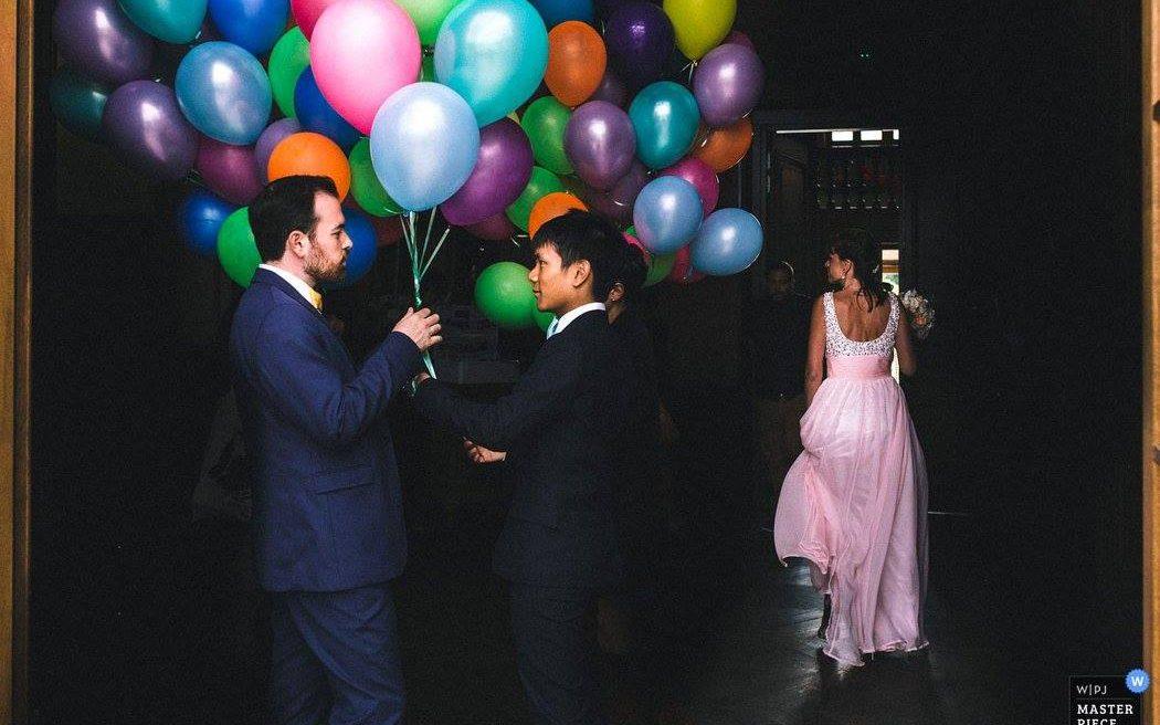 best wedding photographer in france award à la wpja wedding photojournalist photographer Ernestine et sa famille