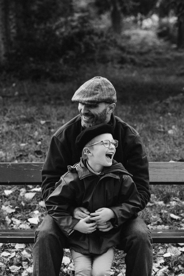reportage de famille par photographe professionnel à Paris en Ile de France