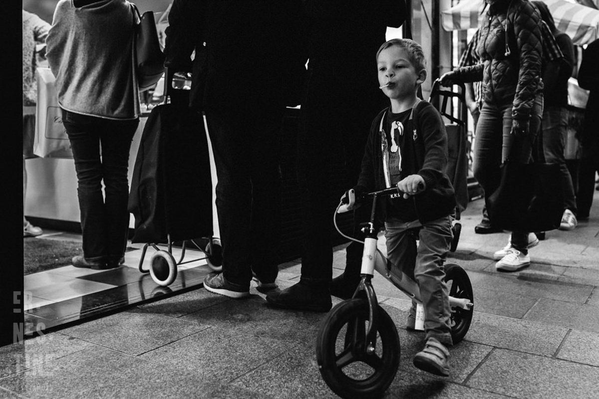 Reportage Documentaire de famille à Neuilly dans les Hauts-de-Seine