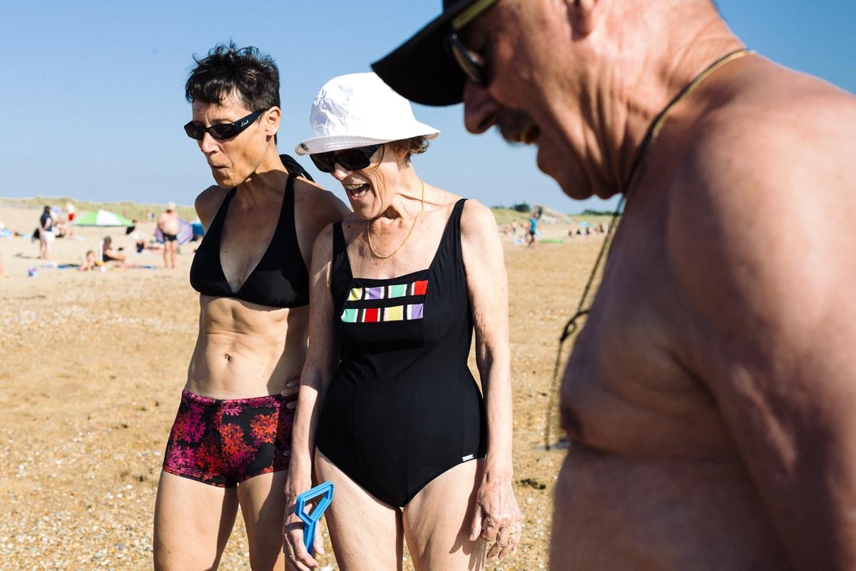 A la plage avec papi et mamie.Reportage documentaire de famille à Saint-Hilaire-de-Riez
