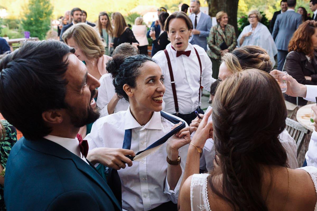Mariage sur deux jours au Pays Basque - au gite au milieu des fougères fin d'animation des témoins