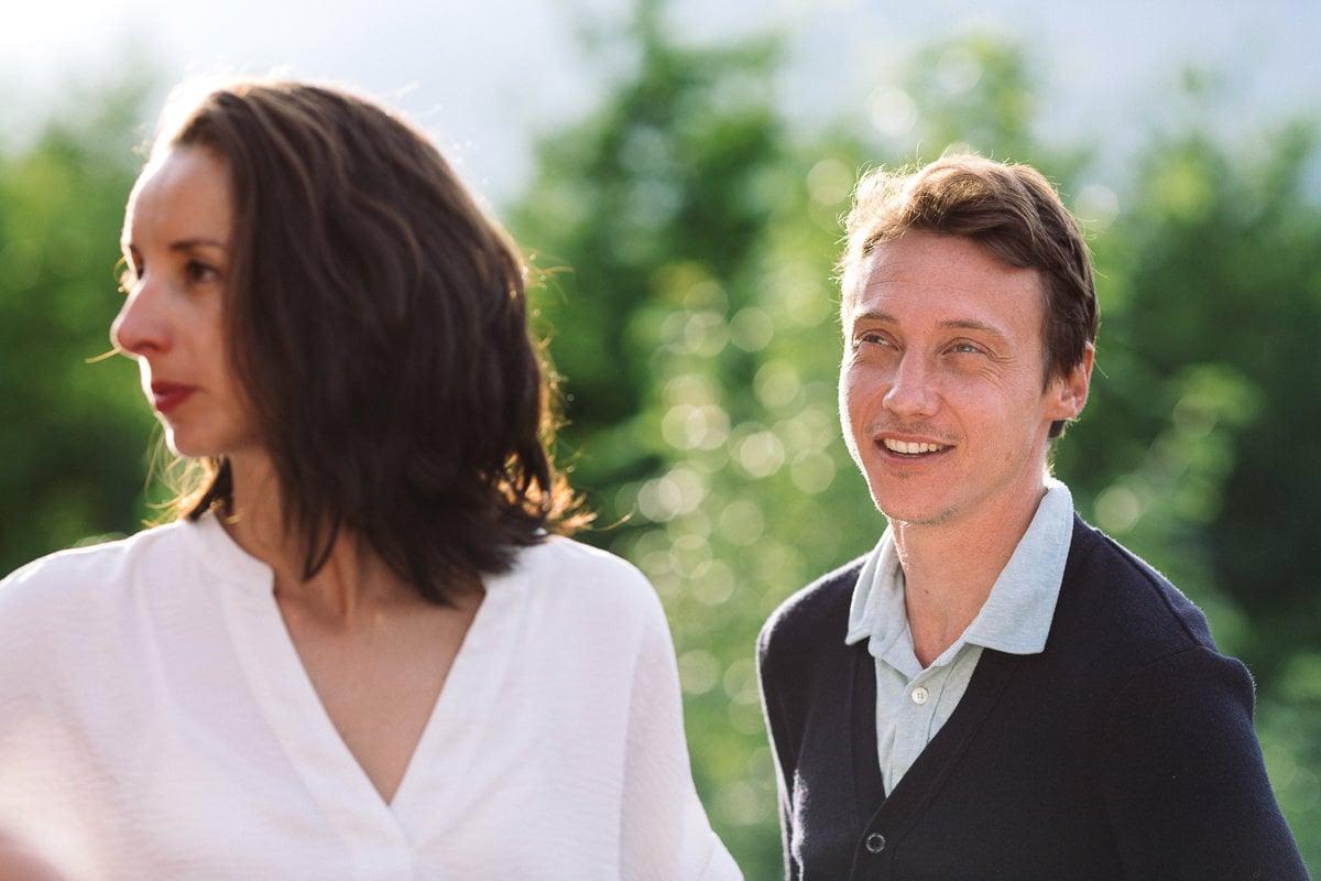 Mariage sur deux jours au Pays Basque - Anton Benta portrait à la fin du jour