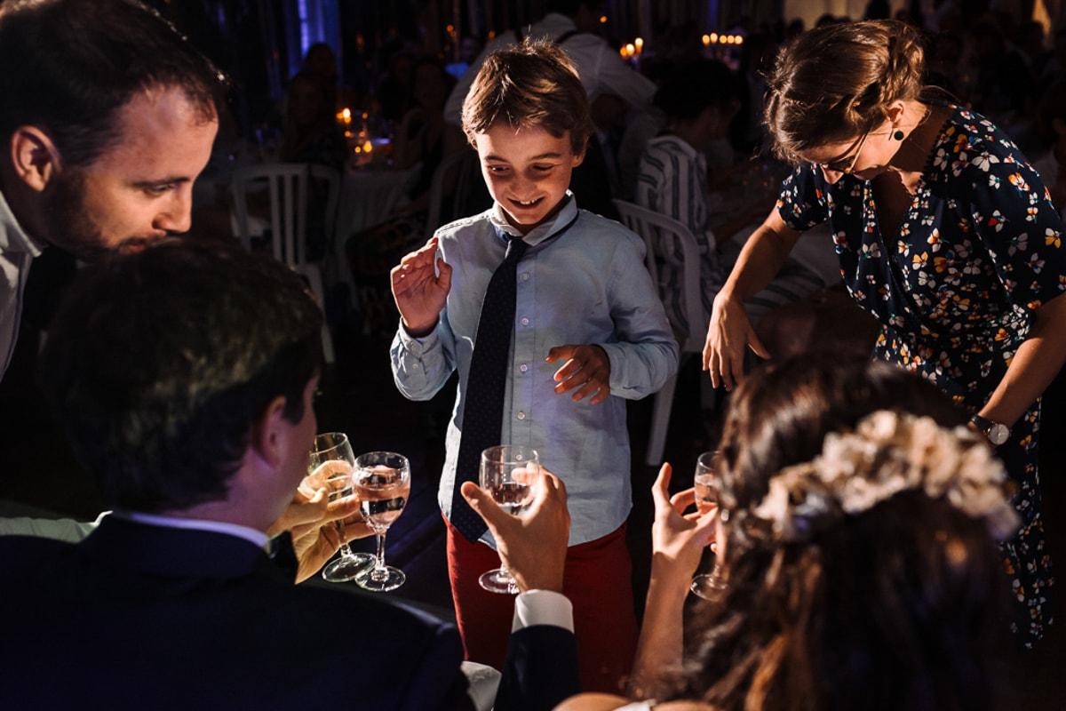 jeux pendant le diner - Mariage dans la maison familiale près d'Angoulême