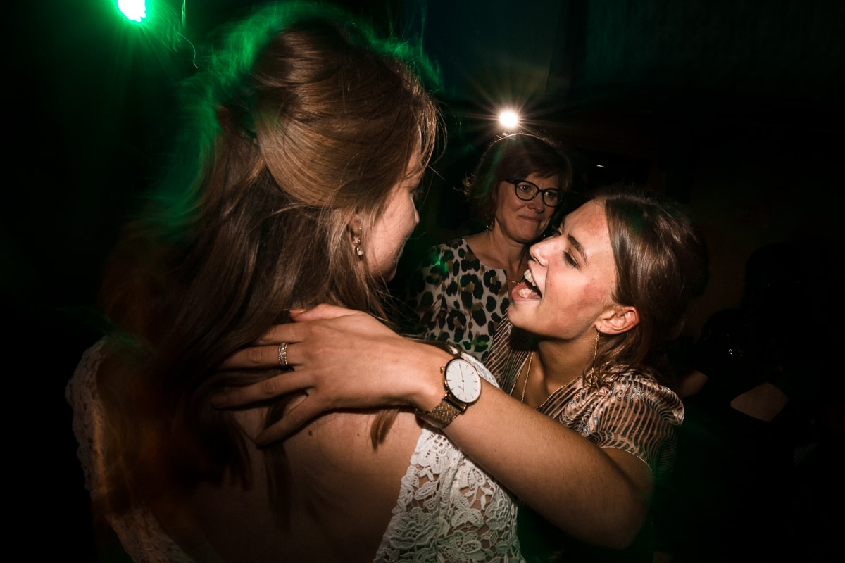 reportage photo de mariage au Domaine de Verderonne, soirée dansante