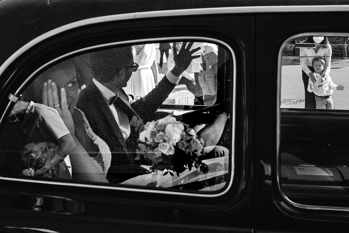 Reportage de mariage à Rennes, le départ des mariés.