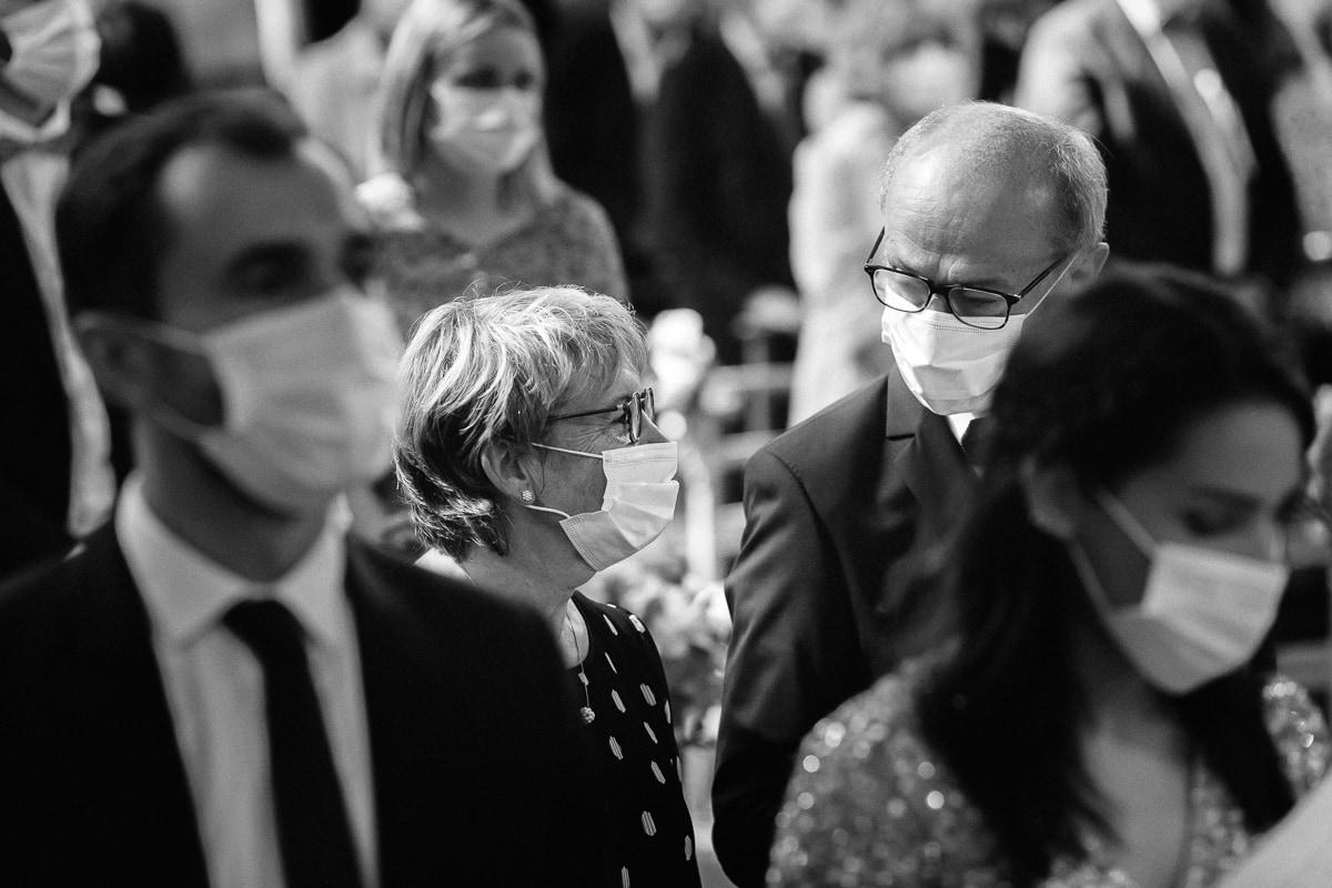 reportage de mariage 2020, avec le masque les regards prennent toute leur importance